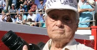Fallece a los 103 años Canito el gran fotógrafo taurino
